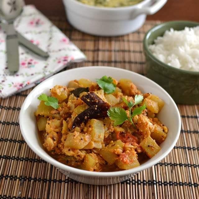 Sorakaya Thelagapindi Kura (Bottlegourd Curry) Recipe | HeyFood — heyfoodapp.com