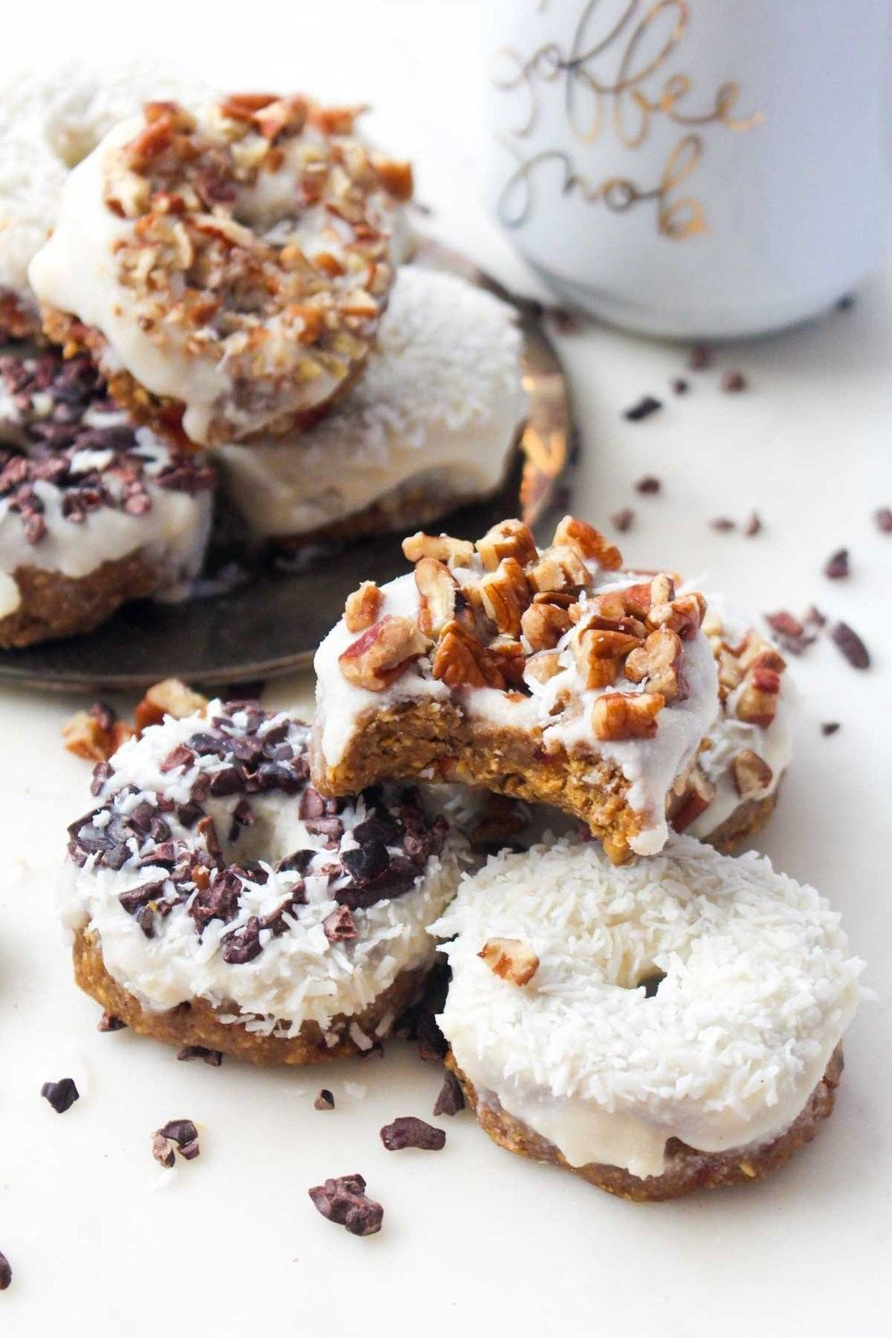 No-Bake Pumpkin Spice Latte Donuts Recipe | HeyFood — heyfoodapp.com