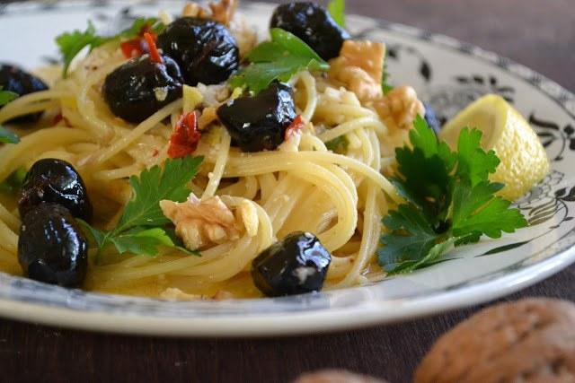 Sicilian Lemon and Pepper Pasta Recipe   HeyFood — heyfoodapp.com