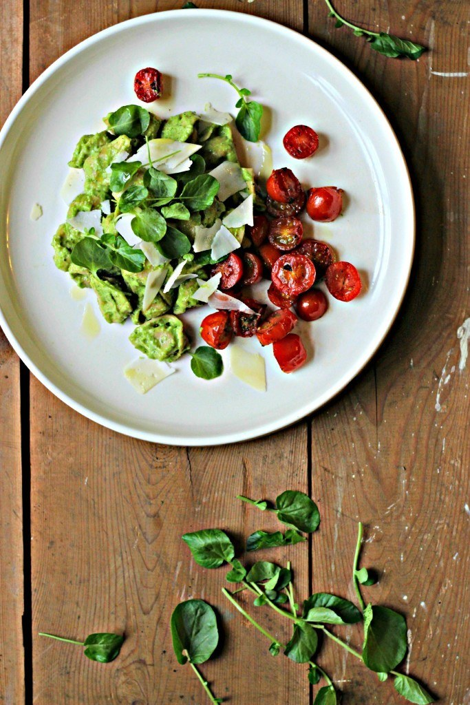 Tortellini with Avocado-Pea Pesto & Blistered Tomatoes Recipe | HeyFood — heyfoodapp.com