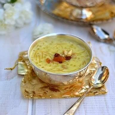 Sindhi Kheerni (Vermicelli-Sago Kheer) Recipe | HeyFood — heyfoodapp.com