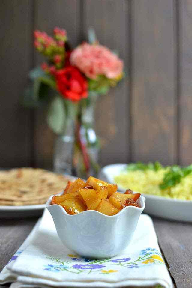 Doon Chetin (Apple Chutney) Recipe | HeyFood — heyfoodapp.com