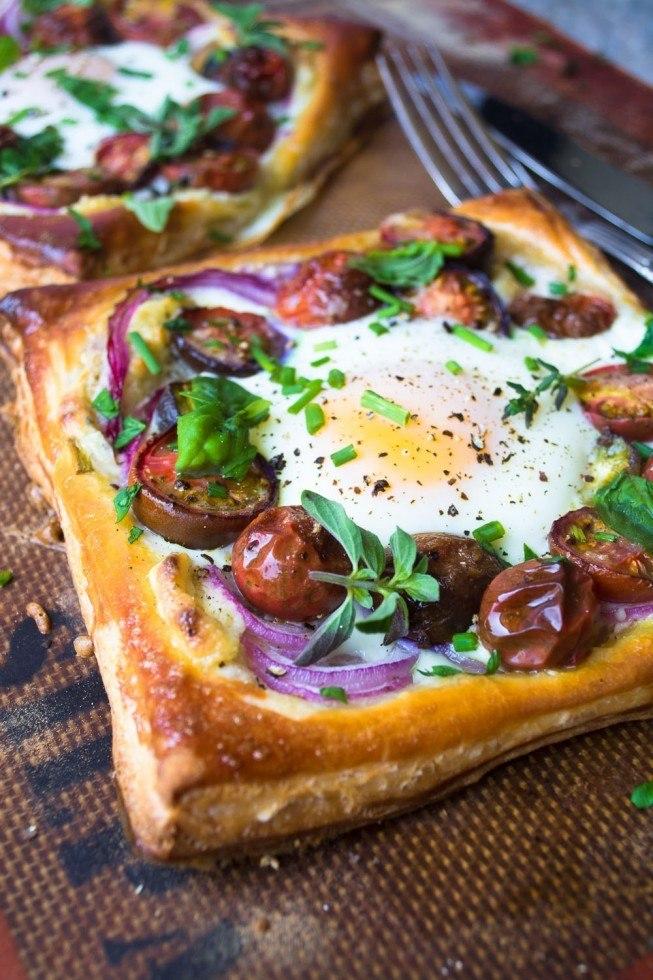 Tomato and Egg Puff Pastry Tarts Recipe | HeyFood — heyfoodapp.com