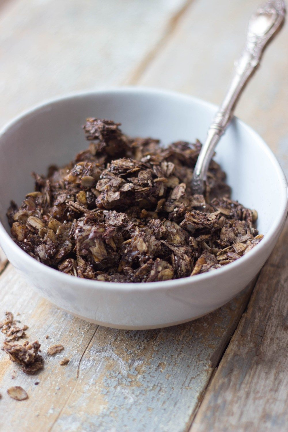 Coconut Dark Chocolate Granola Recipe | HeyFood — heyfoodapp.com