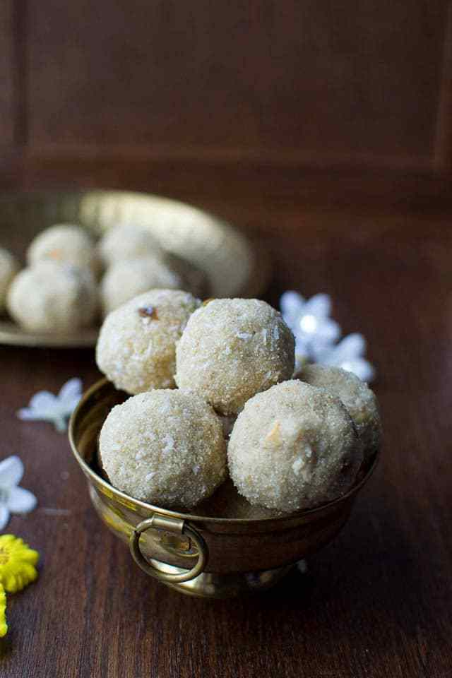 Oats Rava Laddoo Recipe | HeyFood — heyfoodapp.com