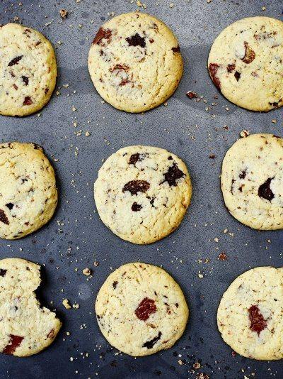 Chocolate chip cookies Recipe   HeyFood — heyfoodapp.com