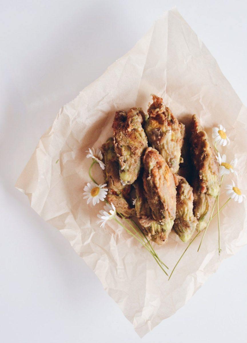 Stuffed zucchini flowers with ricotta and sunflower seeds Recipe | HeyFood — heyfoodapp.com
