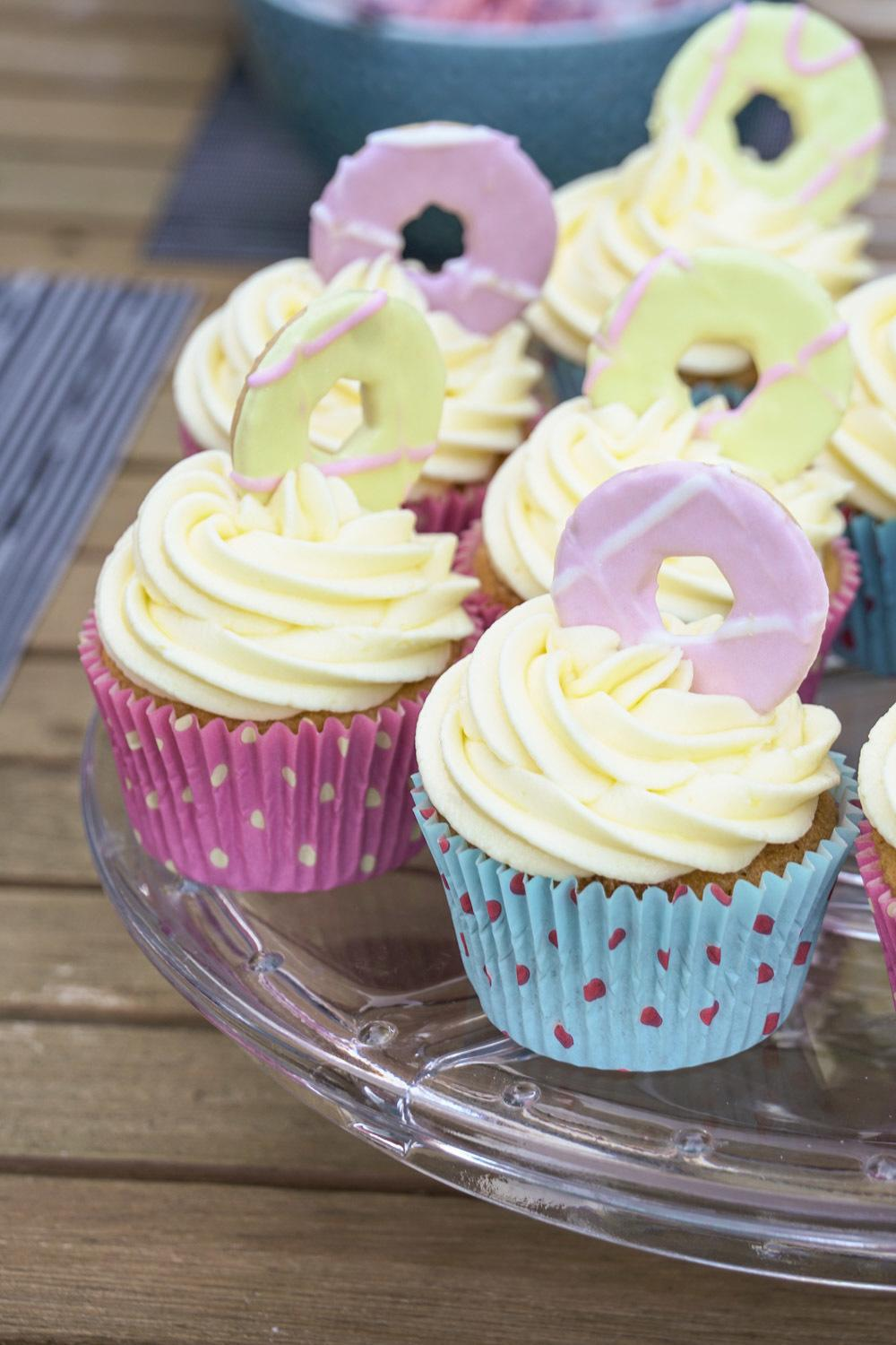 Party Ring Cupcakes Recipe | HeyFood — heyfoodapp.com