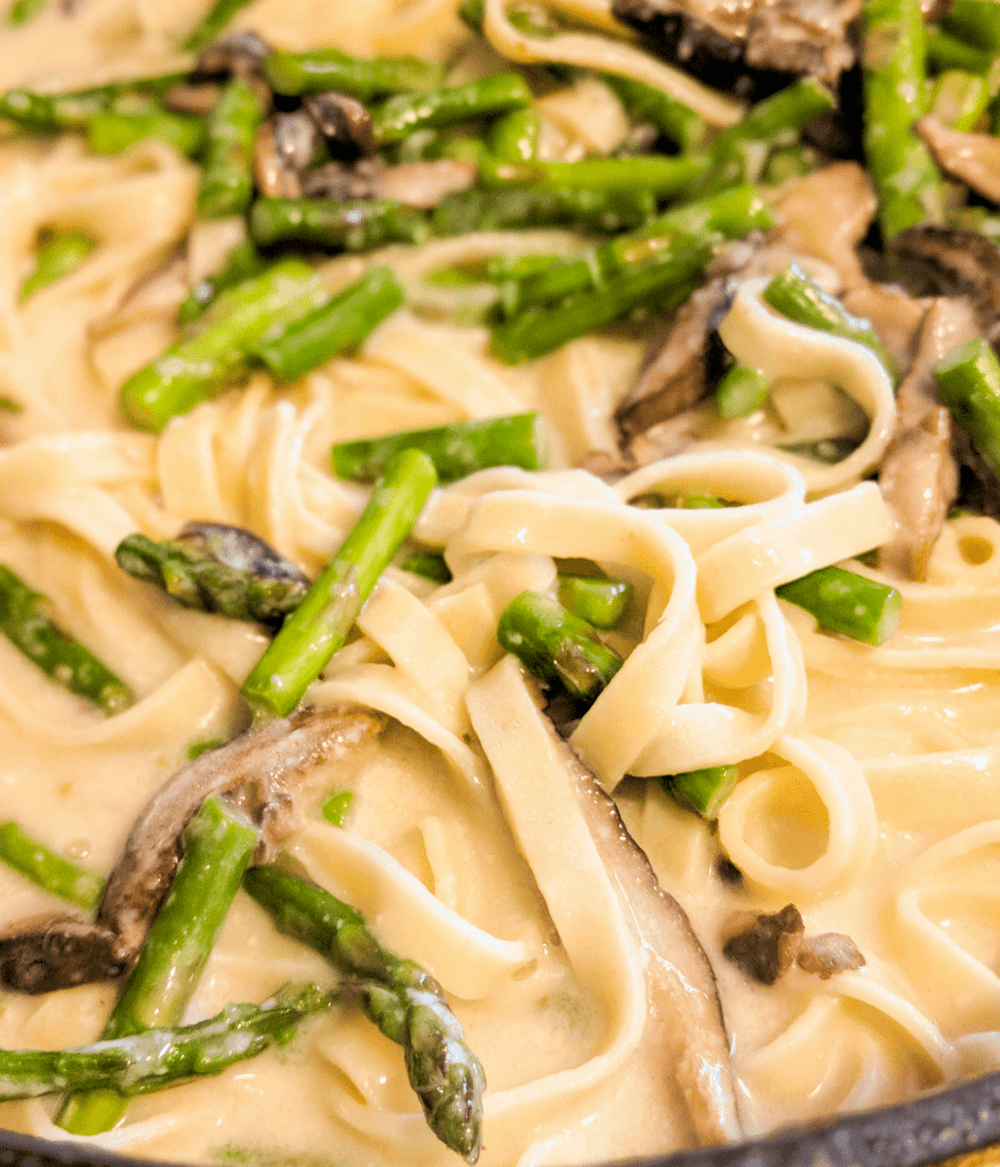 Fettuccine Alfredo With Fresh Spring Vegetables Recipe | HeyFood — heyfoodapp.com