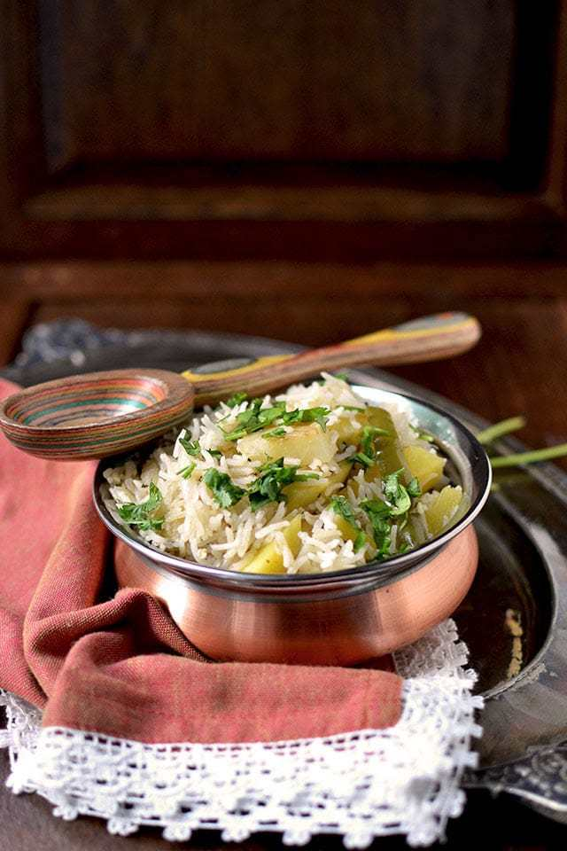 Green Mango-Potato Pulao Recipe | HeyFood — heyfoodapp.com