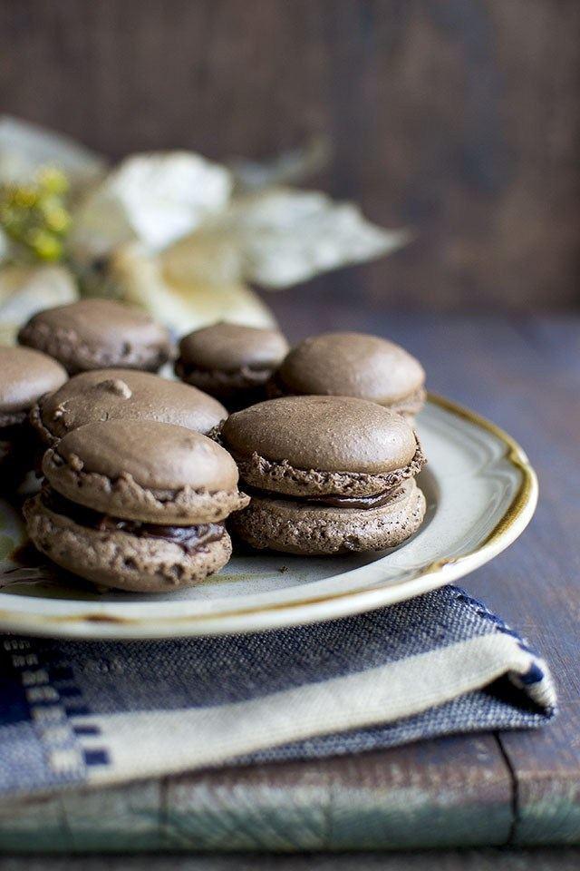 Easy Chocolate Macarons Recipe | HeyFood — heyfoodapp.com
