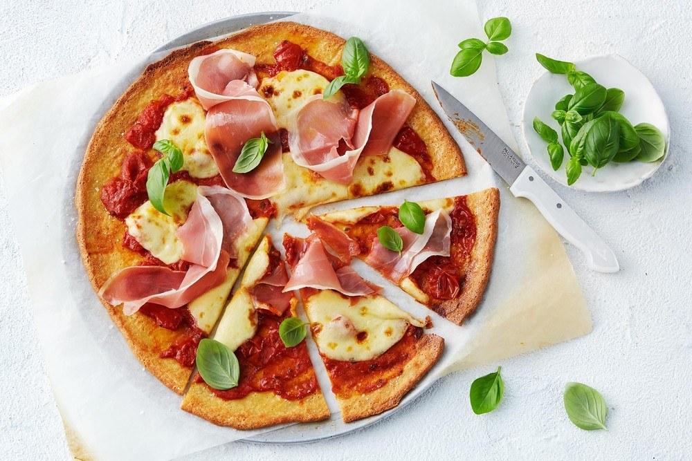 Low-carb Keto-friendly Pizza Recipe Recipe | HeyFood — heyfoodapp.com