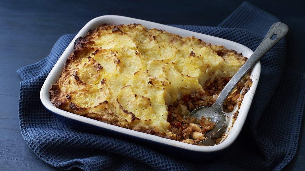 Vegetarian Cottage Pie Recipe | HeyFood — heyfoodapp.com
