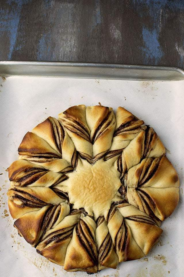 Nutella Star Bread Recipe | HeyFood — heyfoodapp.com