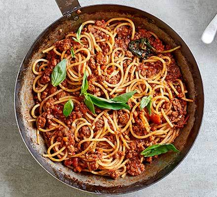 Next level spaghetti Bolognese Recipe | HeyFood — heyfoodapp.com