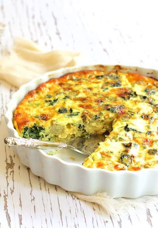 Crustless Spinach Artichoke Jalapeno Quiche Recipe | HeyFood — heyfoodapp.com
