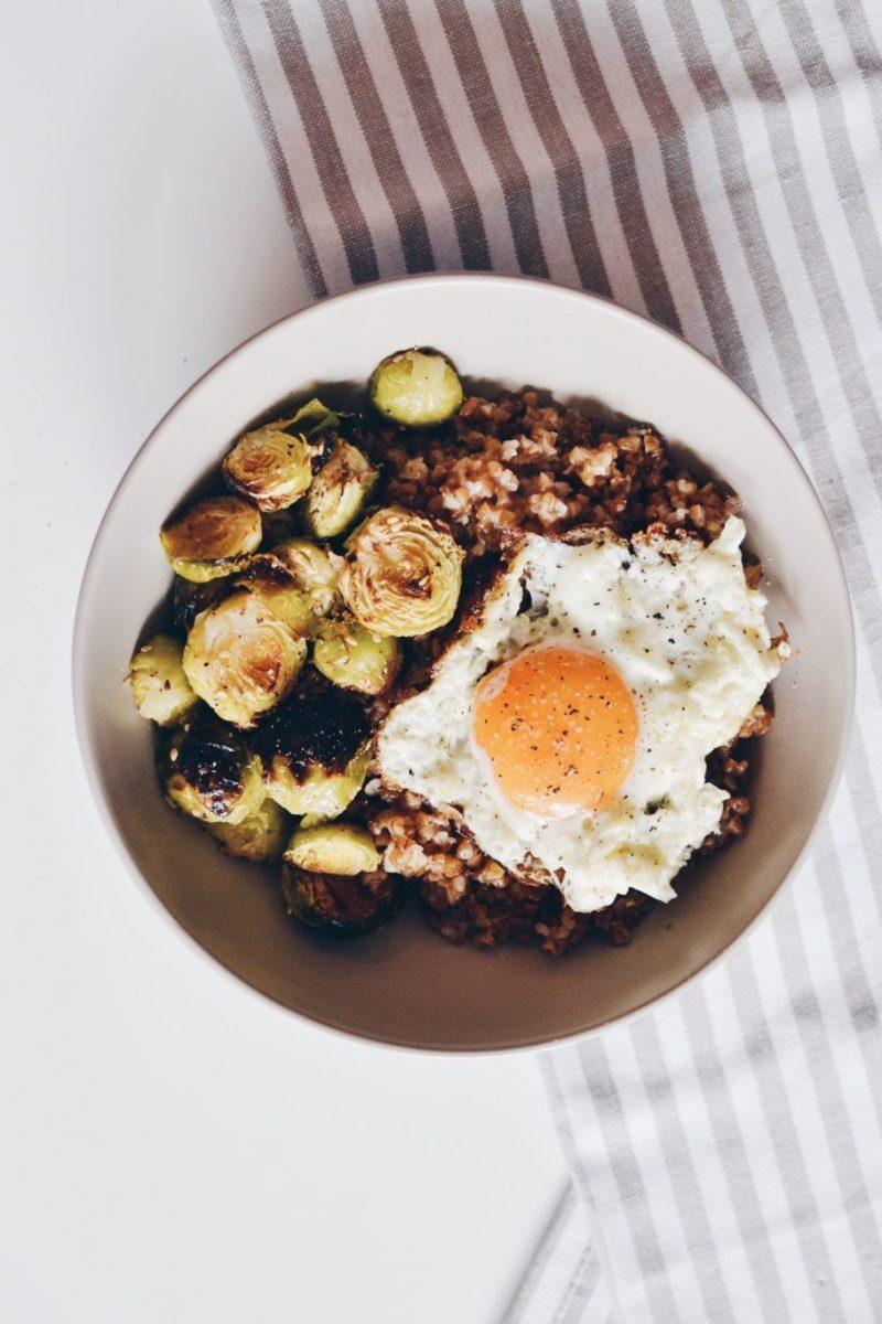 Roasted Brussels sprouts with bulgur and sunny side up egg Recipe | HeyFood — heyfoodapp.com