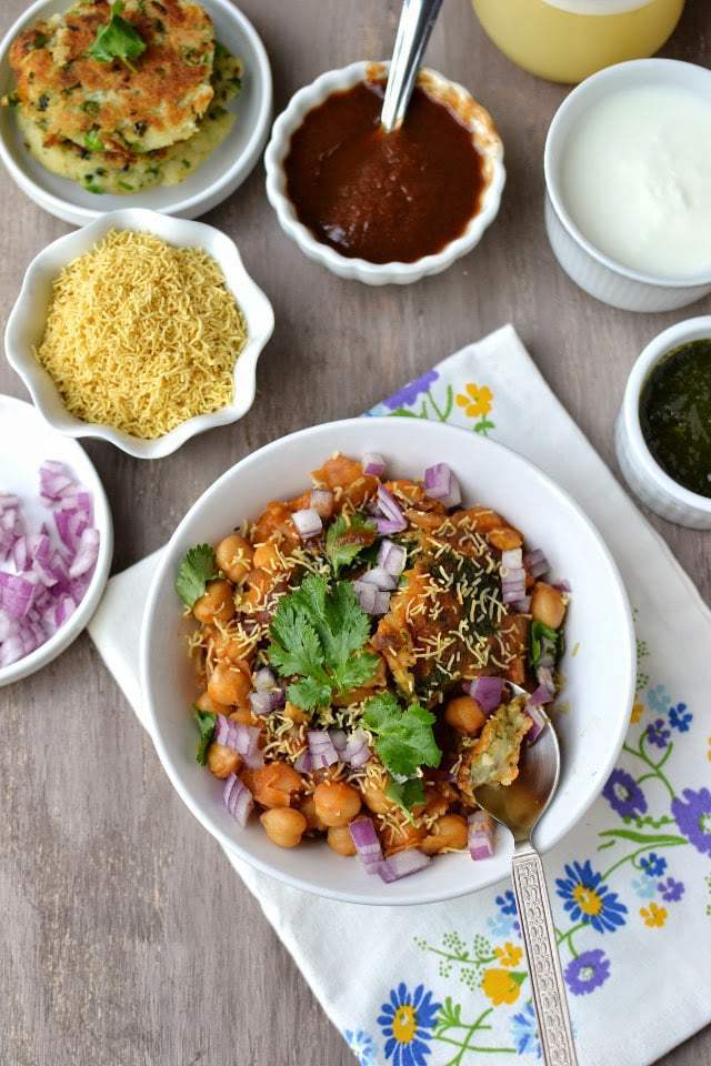 Chole-Aloo Tikki Chaat (Chickpea & Potato Pattie Chaat) Recipe | HeyFood — heyfoodapp.com