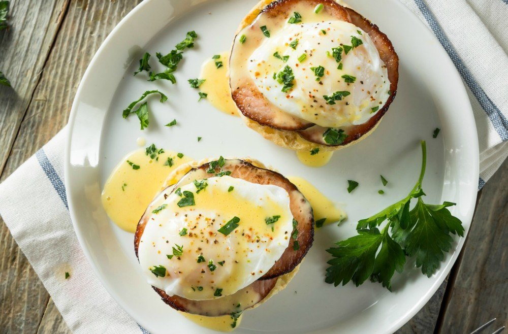 Slimming World Eggs Benedict Recipe | HeyFood — heyfoodapp.com