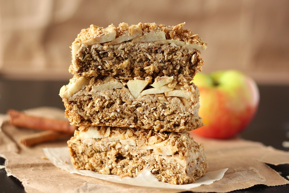 Apple Oatmeal Bars (V, GF) Recipe | HeyFood — heyfoodapp.com