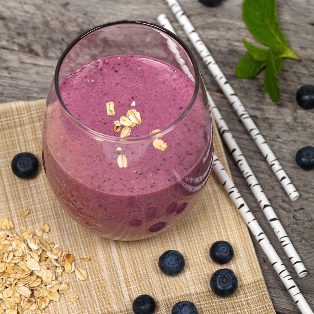 Finnish Blueberry Oatmeal Smoothie Recipe | HeyFood — heyfoodapp.com