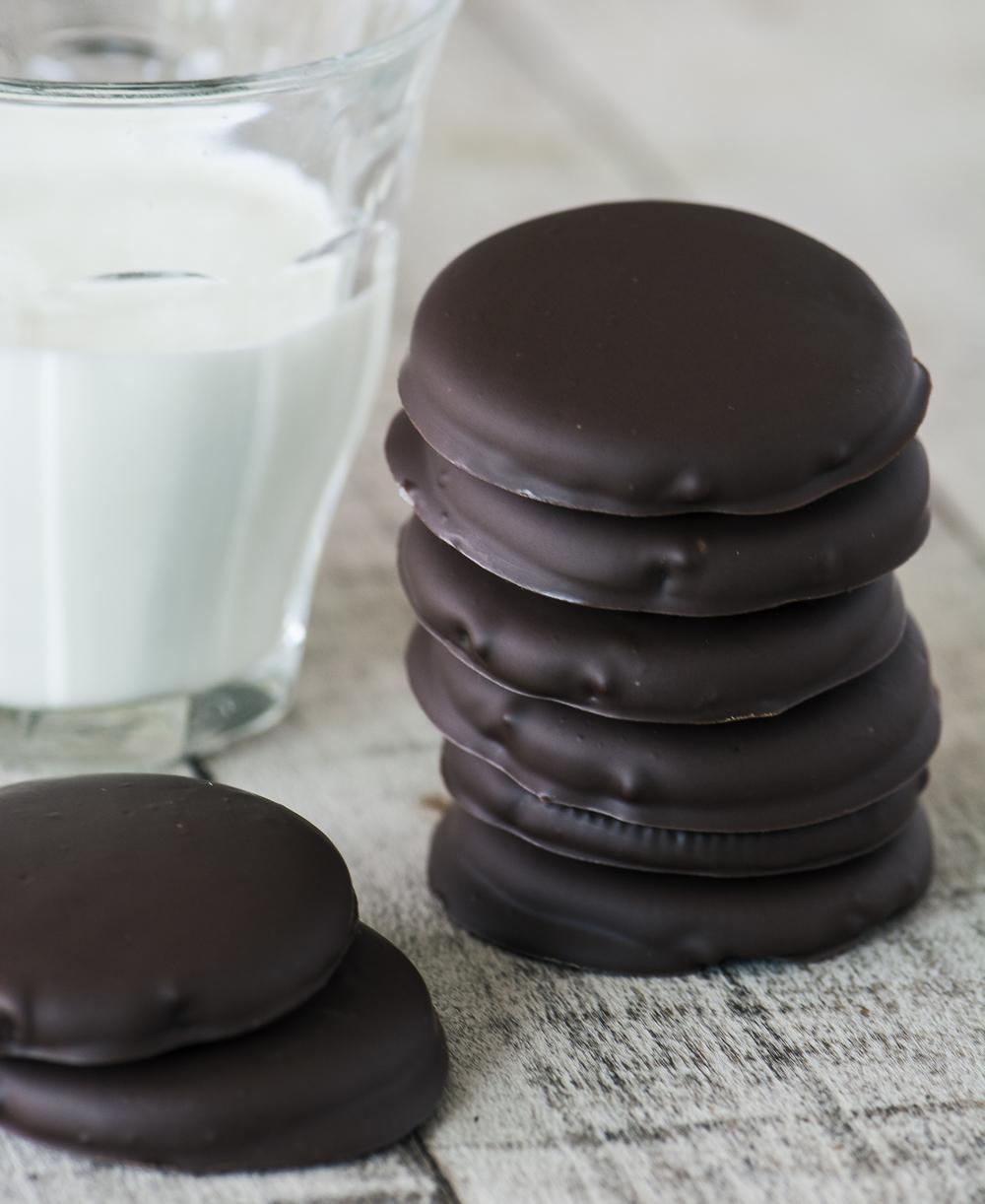 No Bake Vegan Thin Mint Cookies Recipe | HeyFood — heyfoodapp.com