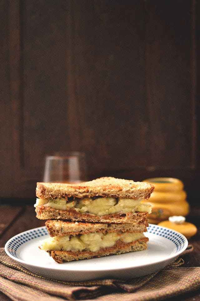 Peanut Butter and Banana Breakfast Sandwich Recipe | HeyFood — heyfoodapp.com