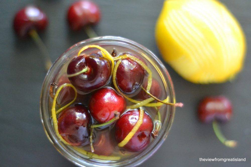 Limoncello Cocktail Cherries Recipe | HeyFood — heyfoodapp.com