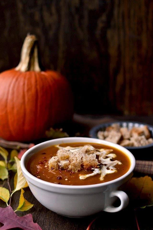 Sweet and Spicy Pumpkin Soup Recipe | HeyFood — heyfoodapp.com