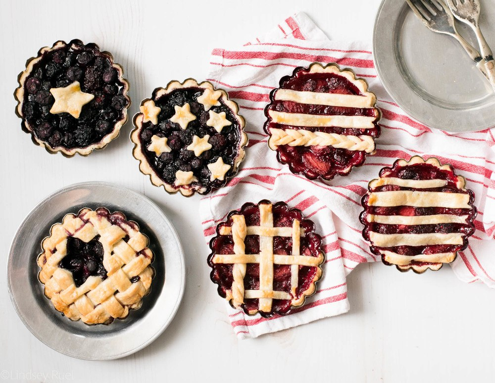 Berry Patriotic Pie Recipe | HeyFood — heyfoodapp.com