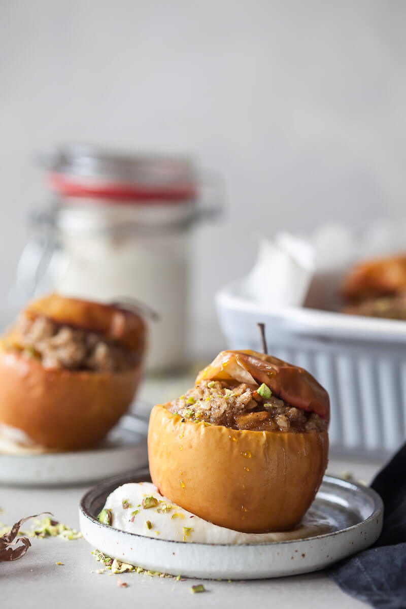 Vegan Cinnamon Baked Apples Recipe | HeyFood — heyfoodapp.com