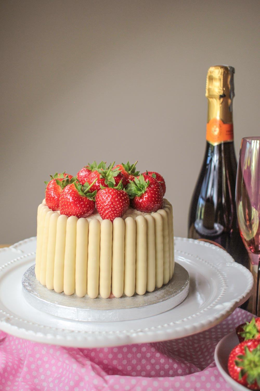 White Chocolate, Strawberry and Prosecco Cake Recipe | HeyFood — heyfoodapp.com