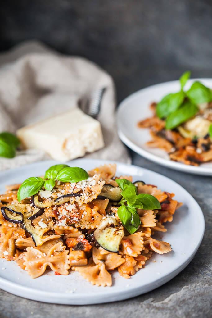 Eggplant Pomodoro Pasta Recipe | HeyFood — heyfoodapp.com