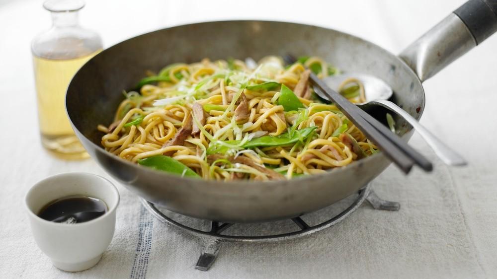 Chow Mein Recipe | HeyFood — heyfoodapp.com