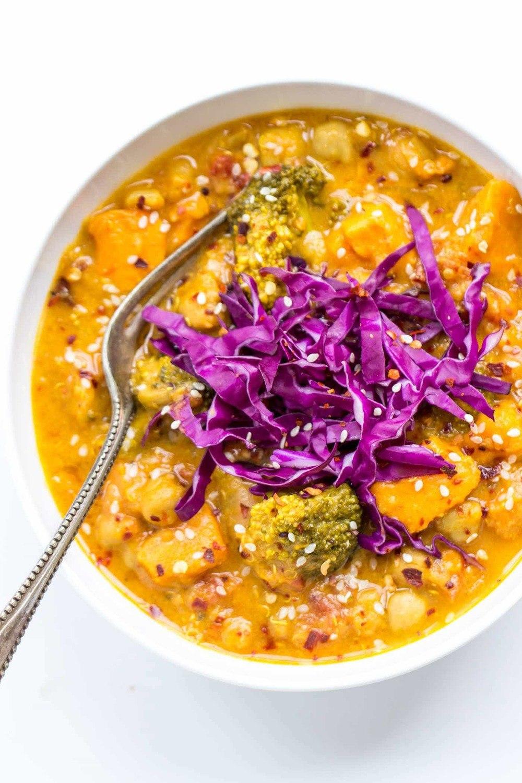 Slow Cooker Coconut Quinoa Curry Recipe | HeyFood — heyfoodapp.com