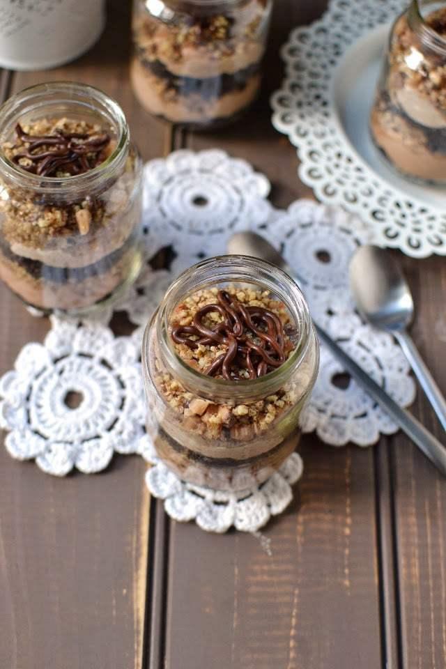 Individual No-Bake Chocolate Cheesecakes Recipe | HeyFood — heyfoodapp.com