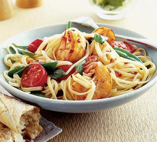 Chilli prawn linguine Recipe | HeyFood — heyfoodapp.com