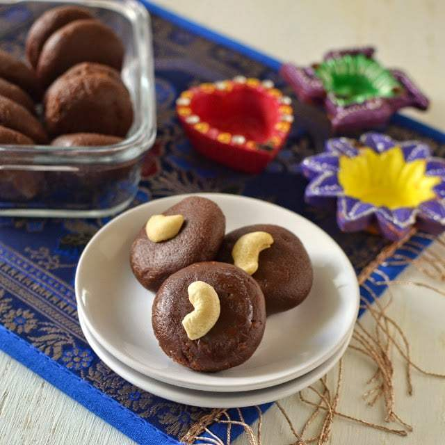 Chocolate Peda using Ricotta Cheese Recipe | HeyFood — heyfoodapp.com