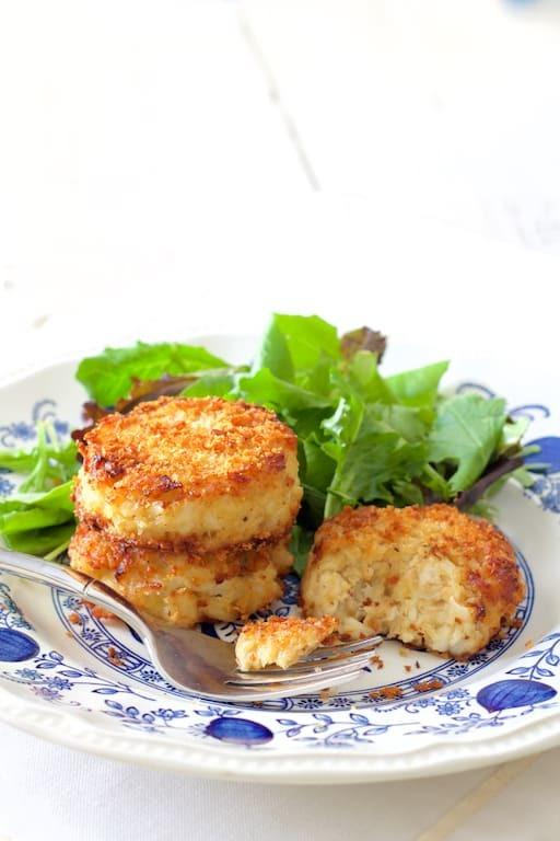 Maryland-Style Crab Cakes Recipe | HeyFood — heyfoodapp.com