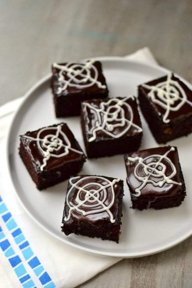 Brownie with Ice Cream Recipe | HeyFood — heyfoodapp.com