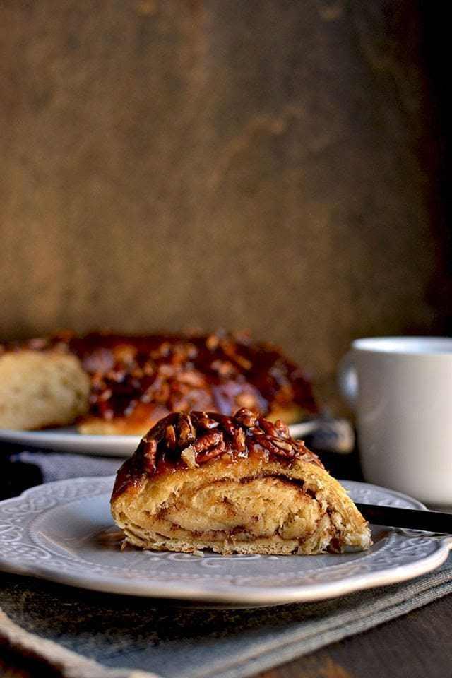 Overnight Pecan Sticky Bread Recipe | HeyFood — heyfoodapp.com
