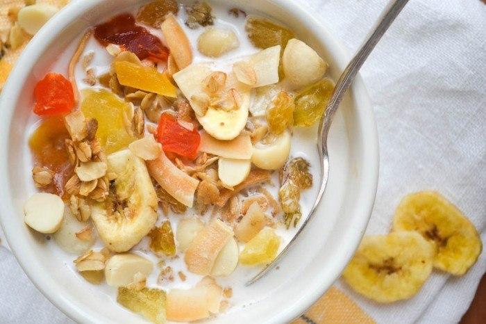 Maui Island Granola with Macadamia Milk Recipe | HeyFood — heyfoodapp.com