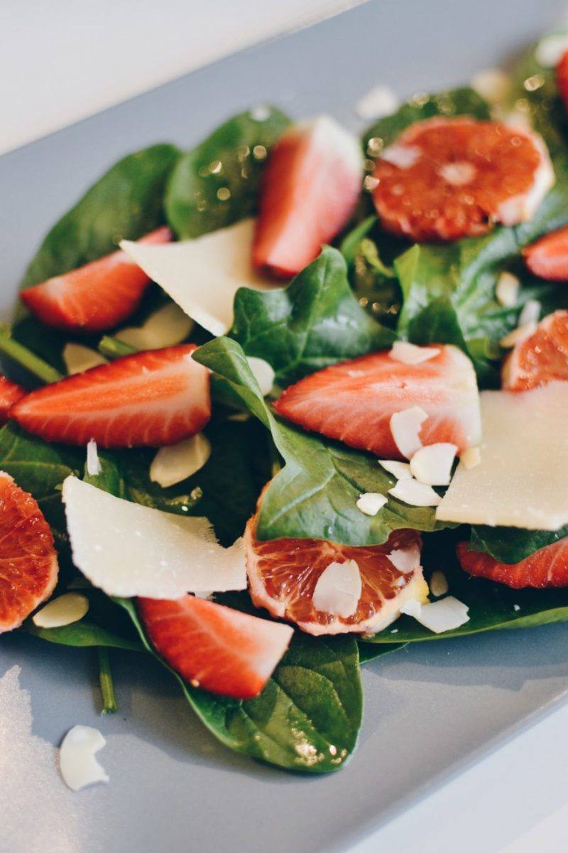 Spinach & strawberry salad Recipe | HeyFood — heyfoodapp.com