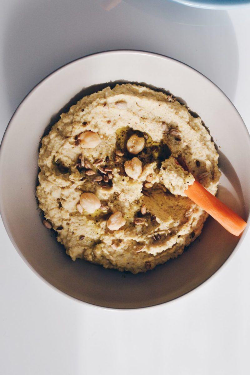 Hummus - basic recipe Recipe | HeyFood — heyfoodapp.com