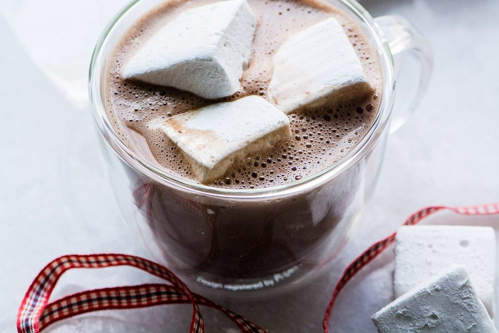 How to Make Bourbon Marshmallows Recipe | HeyFood — heyfoodapp.com
