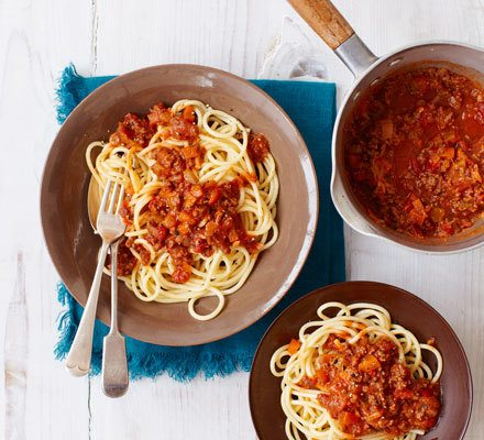 The best spaghetti Bolognese Recipe | HeyFood — heyfoodapp.com