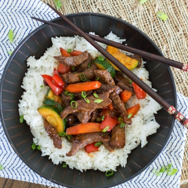 Honey Sriracha Beef Stir Fry Recipe | HeyFood — heyfoodapp.com