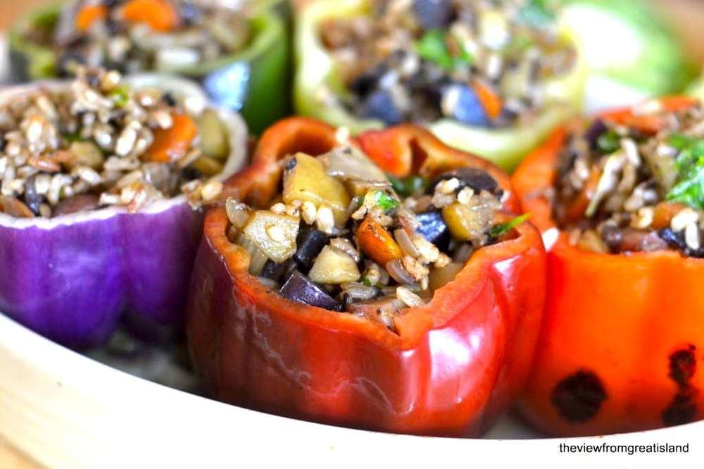 Vegetarian Stuffed Peppers Recipe | HeyFood — heyfoodapp.com