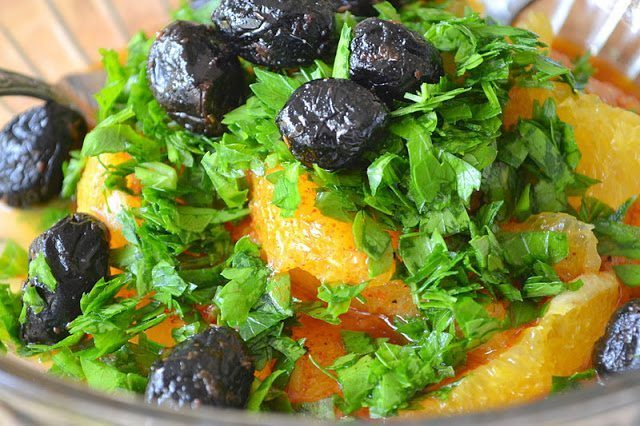 Spicy Orange Moroccan Salad Recipe | HeyFood — heyfoodapp.com